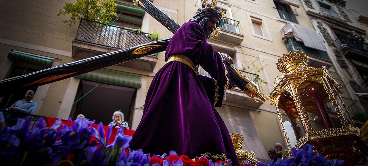 © Clara Go - Setmana Santa al carrer hospital
